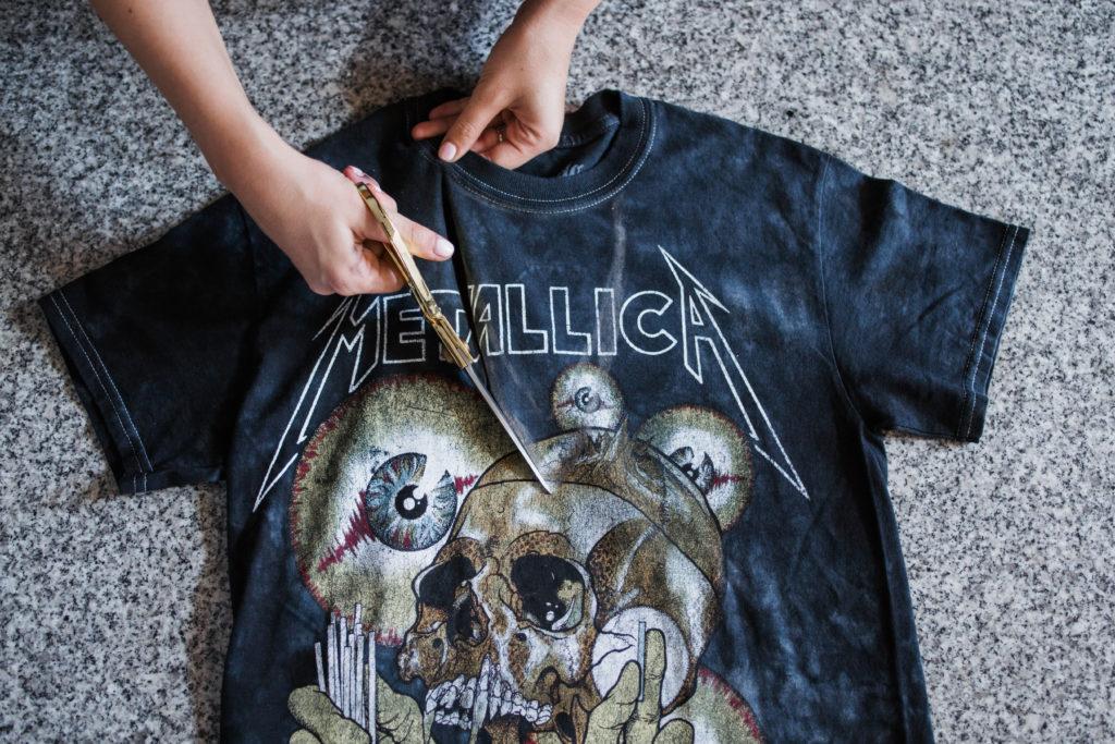 DIY Choker Cutout T-Shirt Step By Step Tutorial