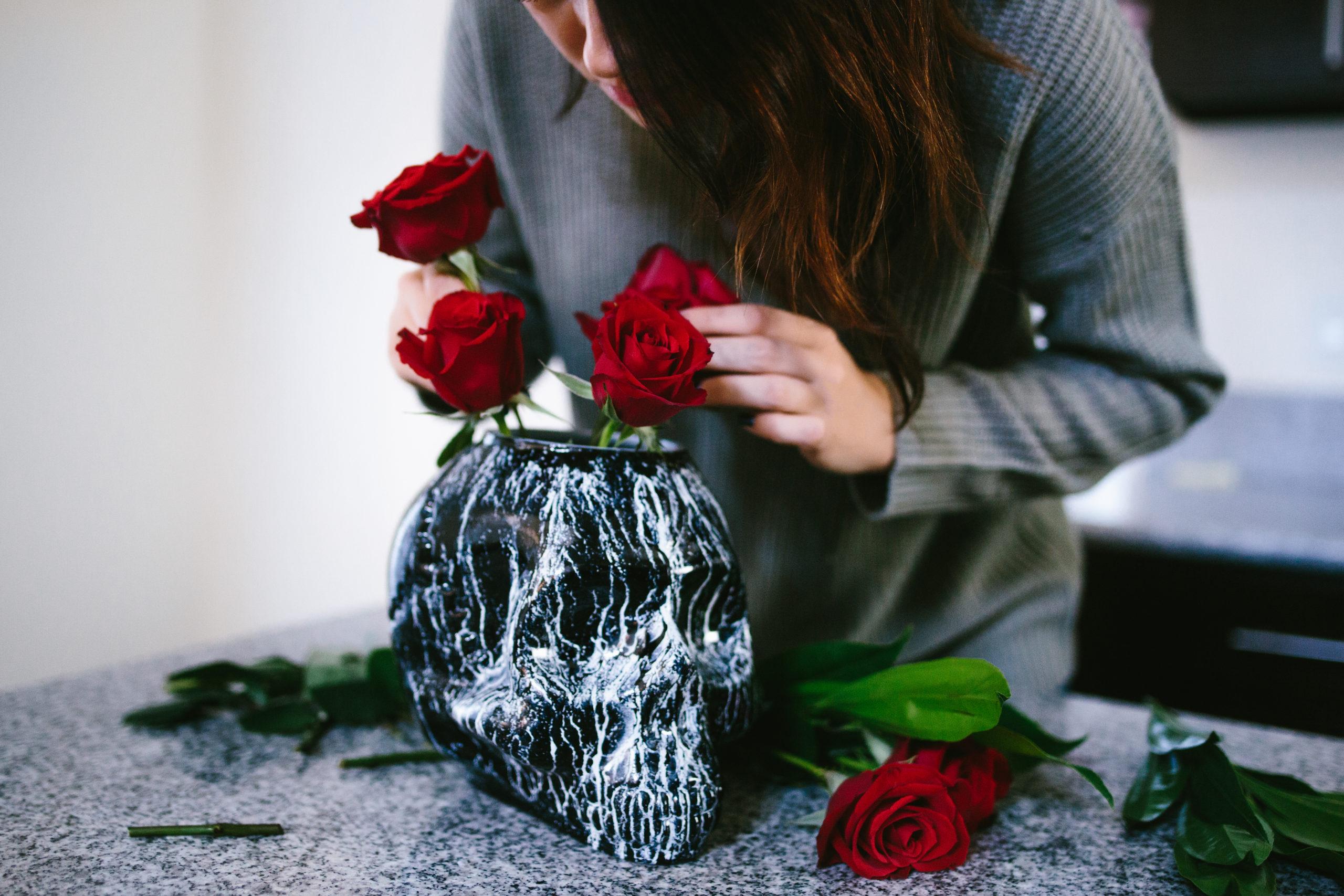 DIY Skull Vase