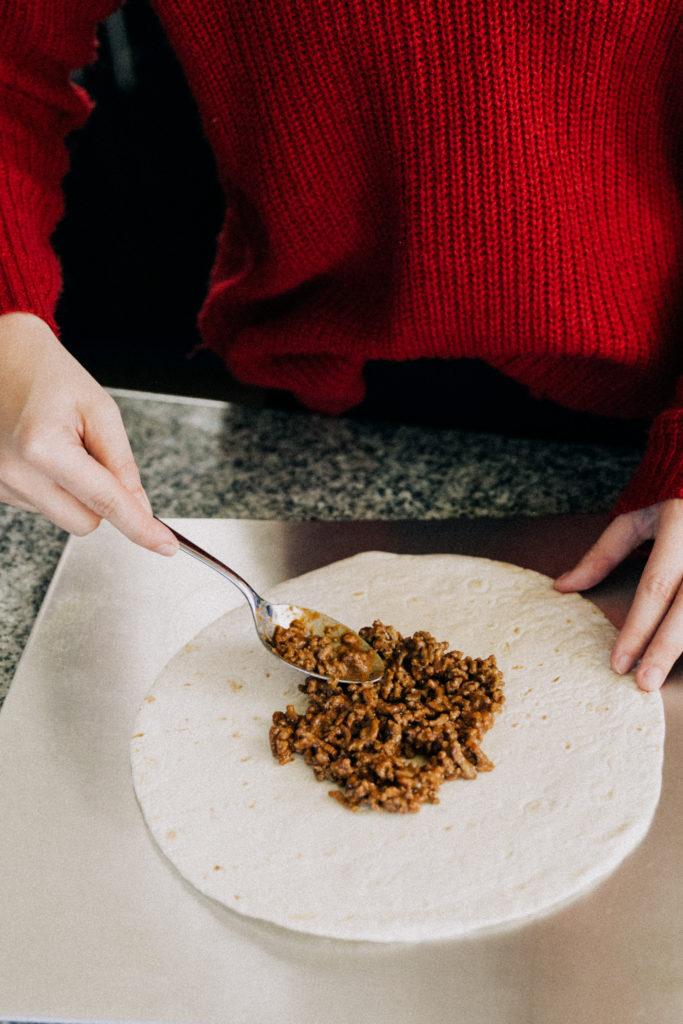 Erin Aschow Food Blogger Crunchwrap Supreme Copycat Recipe