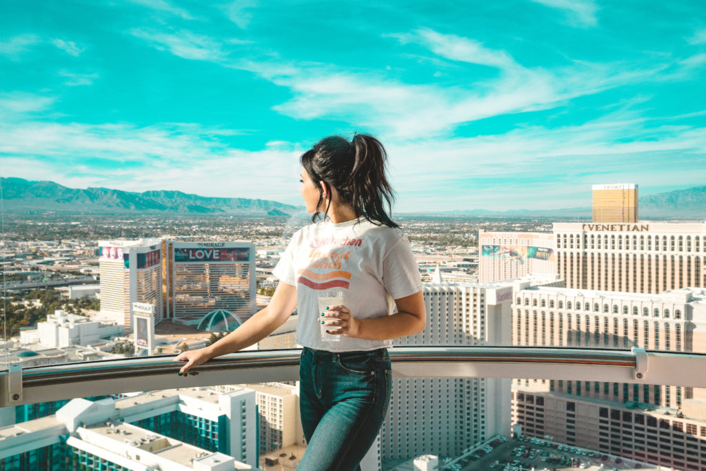 Erin Aschow's Ultimate Travel Guide to Las Vegas - High Roller at the Linq worlds largest ferris wheel with a bar