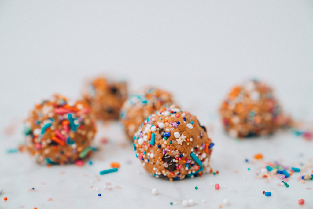 Funfetti Protein Balls Birthday Cake Using Arbonne Vanilla Powder
